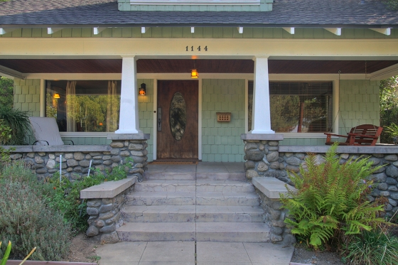 garfield-1144-front-porch-1sm.jpg