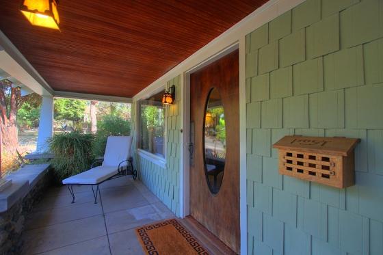 garfield-1144-front-porch-2sm.jpg