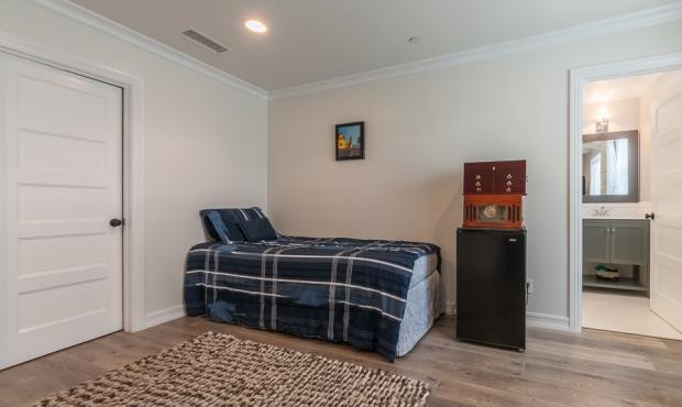 17 -Bedroom 4 of 5