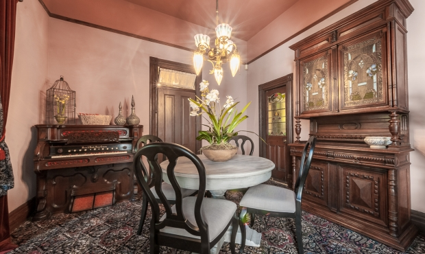 7 Living & Dining Rooms (4 of 4)