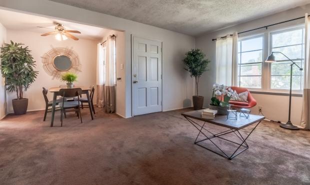 2 - Living Room 2