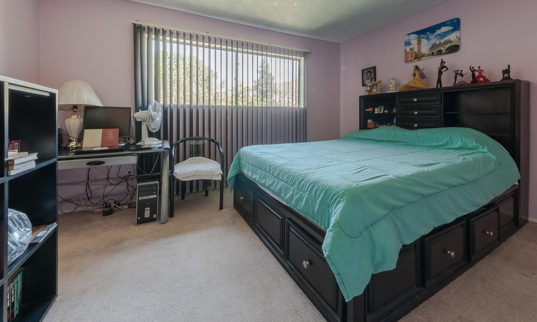 11 - Bedroom