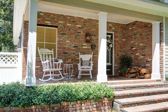 cloverleaf-403-front-porch-sm