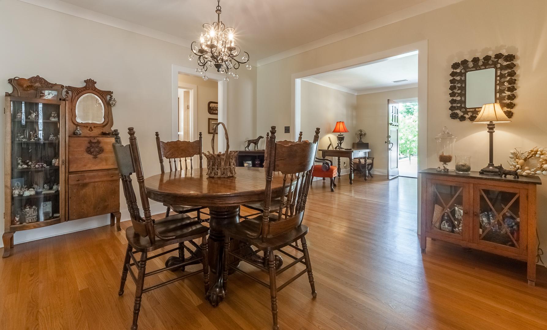 6 - Dining Room open floorplan