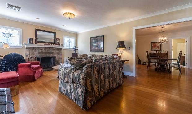 4 Open Plan Living Room