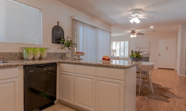 4-kitchen to dining room