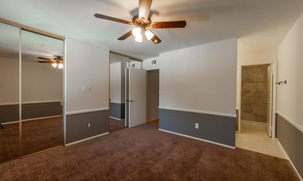6-bedroom