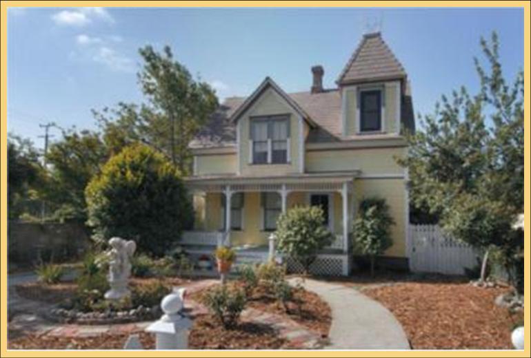 victorian-farmhouse.jpg