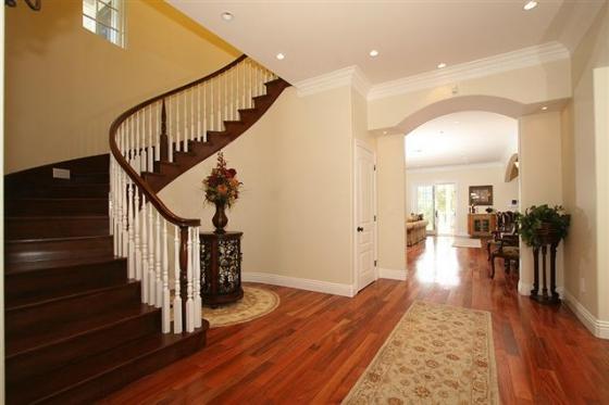 ridgeside-862-stair-1sm-small